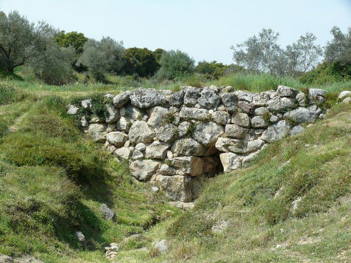 1280px-Mycenaen_Bridge