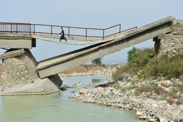pont-cassé-en-chine